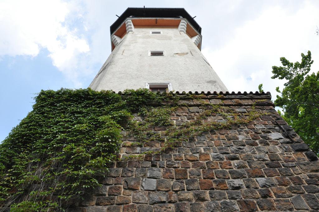 """Башня на холме """"Диана"""""""
