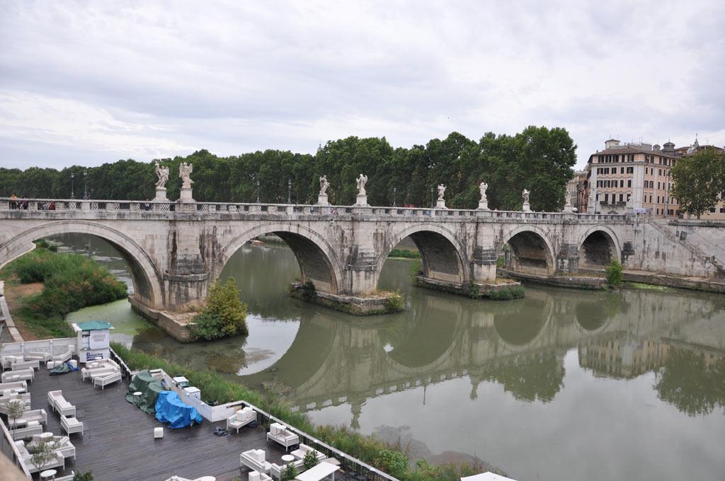Пешеходный мост Святого Ангела