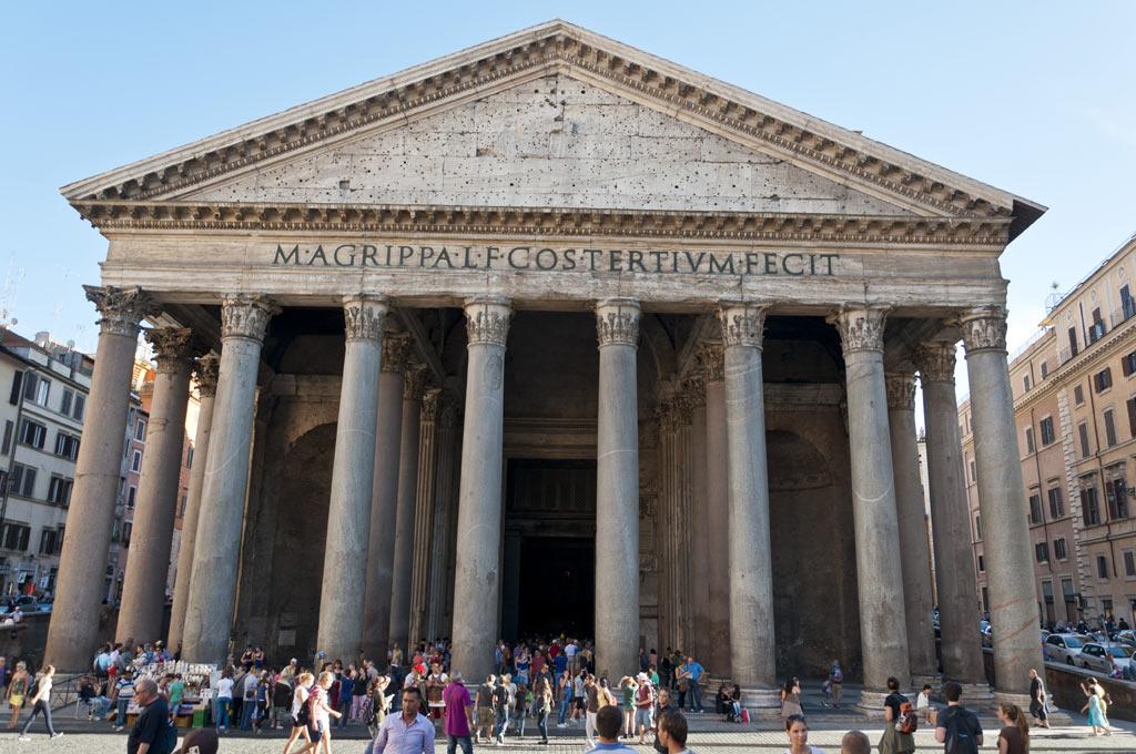 Фасад Римского Пантеона
