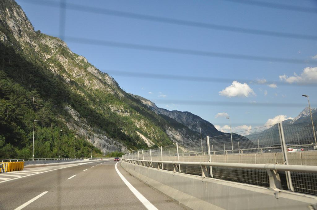 Шоссе через Альпы