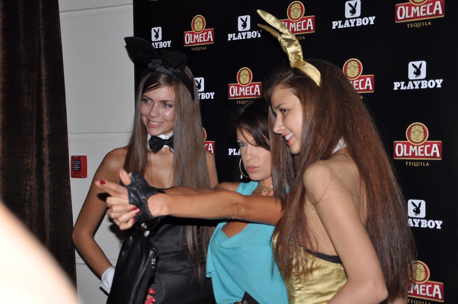 Встреча гостей на вечеринке Playboy