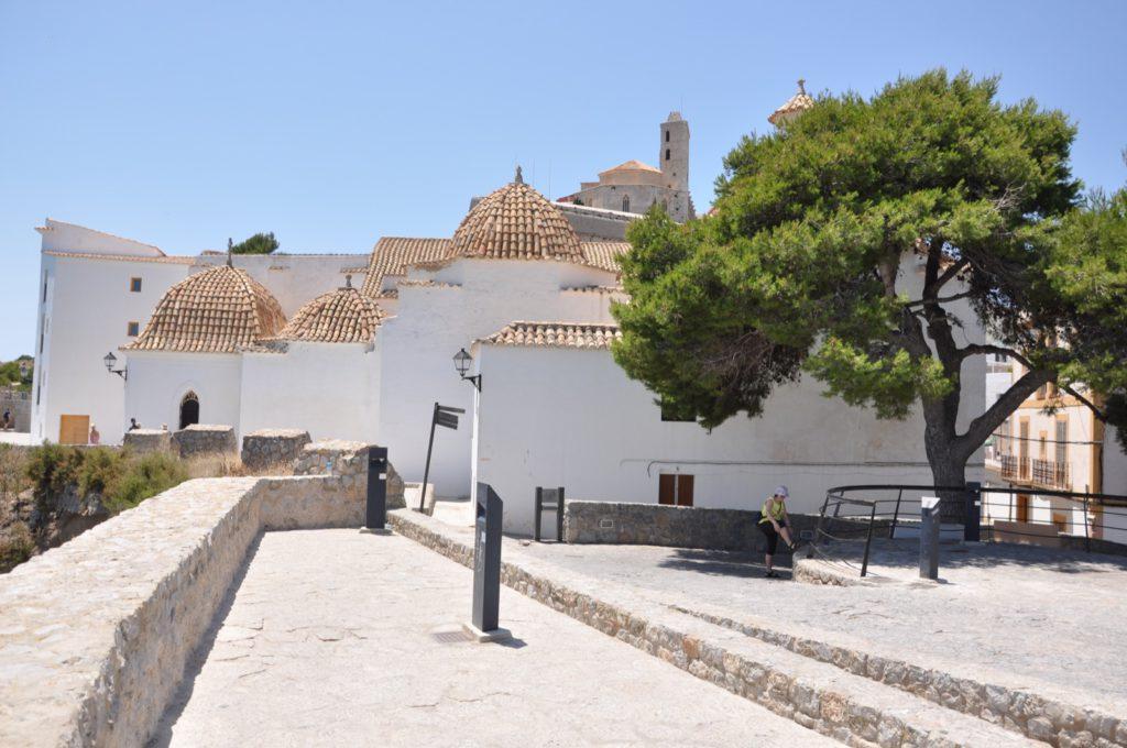 Вид крепости на Ибице